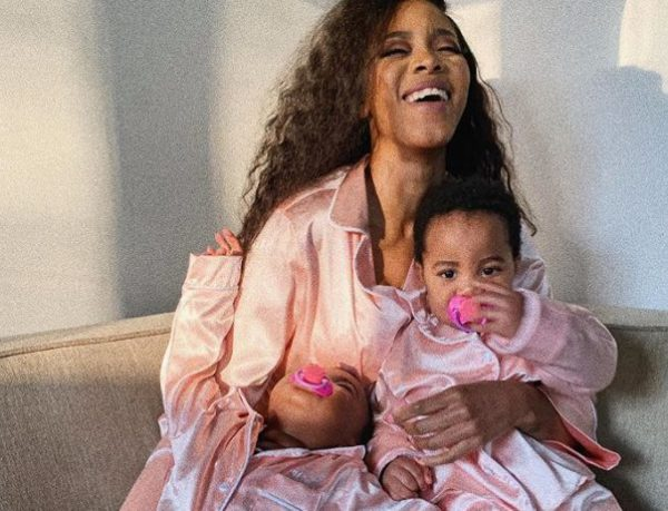 Lootlove Luthando celebrates Heritage day with her babies – Photo