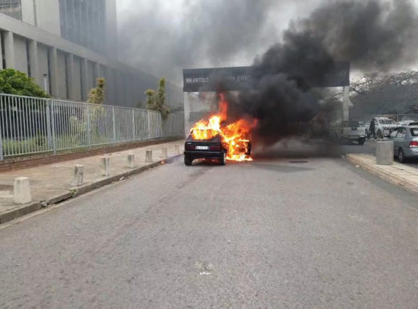 WATCH: Fire consumes state vehicle outside Durban court