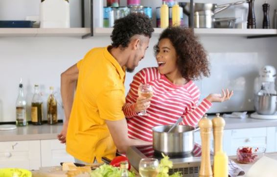7 interesting things to do with your partner and make the best out of it