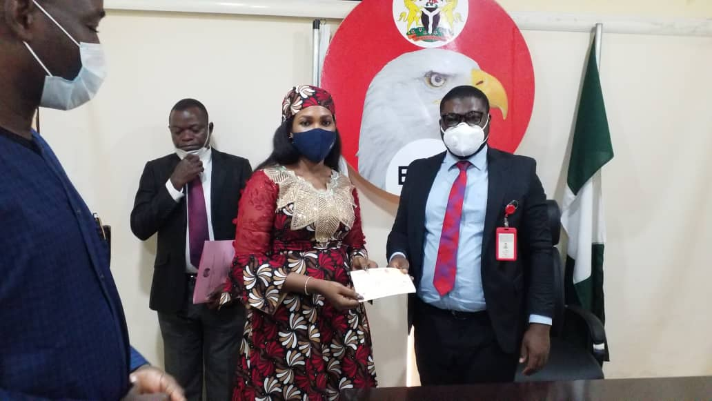 Kwara receives N147m recovered looted funds from EFCC