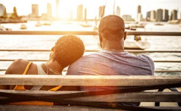 How to give your partner space without drifting apart