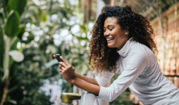 How to use social media to benefit your relationship