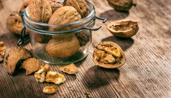 7 surprising benefits walnuts you may not know about