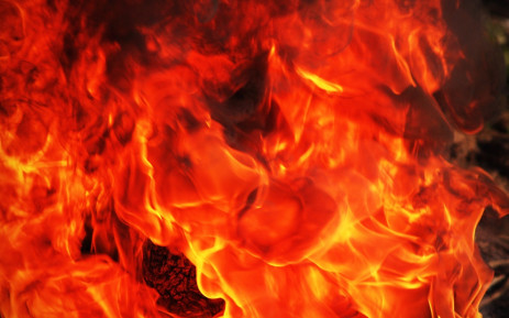 Northern Cape veld fire leaves firefighter injured