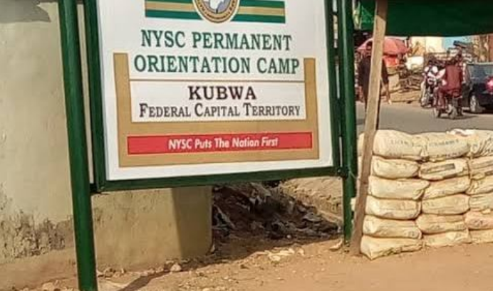 BREAKING: Hoodlums Break Into Abuja NYSC Camp, Loot Chairs, Mattresses, Others