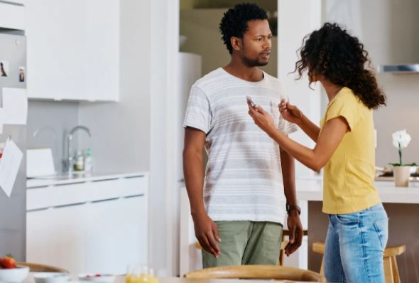 7 things you shouldn't do when confronting a cheater