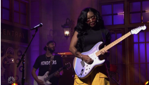 H.E.R amplifies the #EndSARS movement during her Saturday Night Live performance