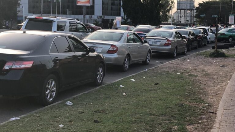 PHOTOS: Residents, motorists stranded as fuel queues return to Abuja