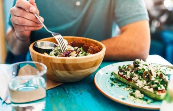 6 health benefits of following a Plant-based diet