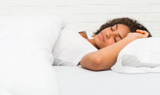 5 diet and lifestyle tips that can promote deep sleep