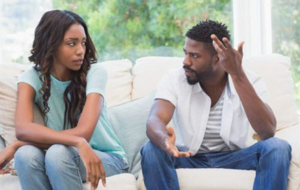 5 obvious hints men give when they want more space
