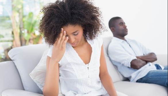 5 warning signs you're losing yourself in a relationship