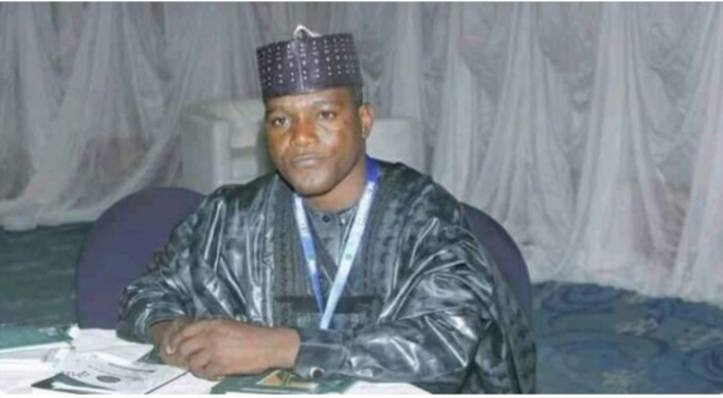 Bauchi lawmaker spends N2.8m on canoes for his constituency