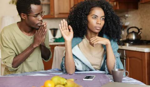 7 reasons you shouldn't beg your partner to stay in a relationship