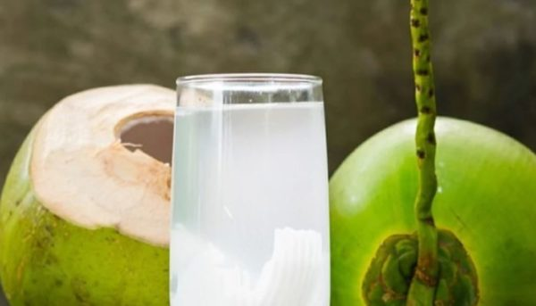 4 ways to use coconut water for hair growth