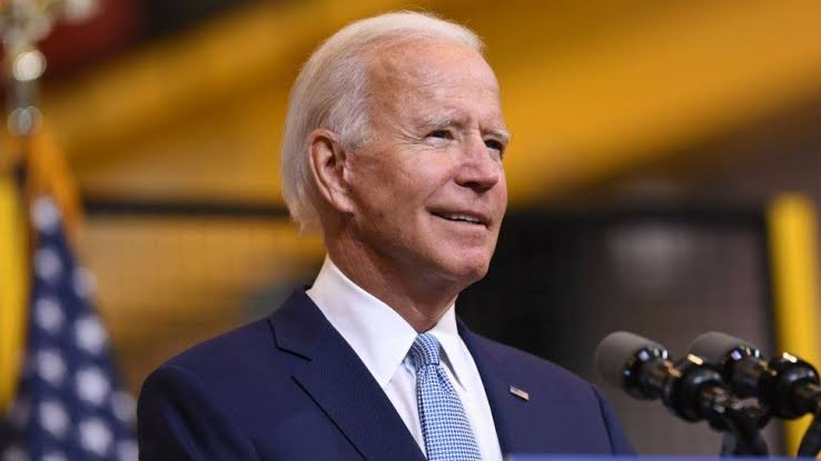 Biden fractures foot playing with dogs