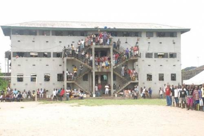Prisoners in Warri prison protest starvation by state government