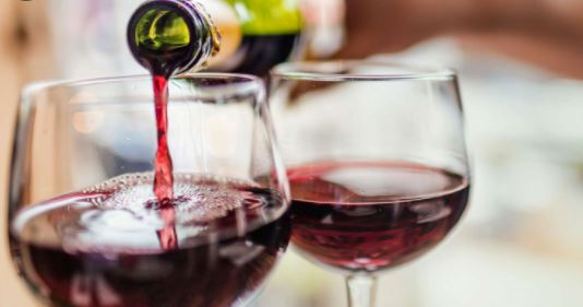 6 reasons why you should drink Red wine regularly