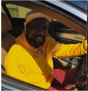 Fans praise Zola 7 after sharing a rare snap of himself