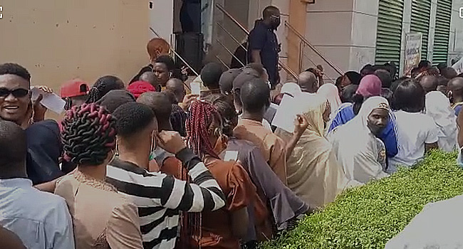 NIN: Again, Large Crowds Defy COVID-19 Restrictions, Storm NIMC Offices