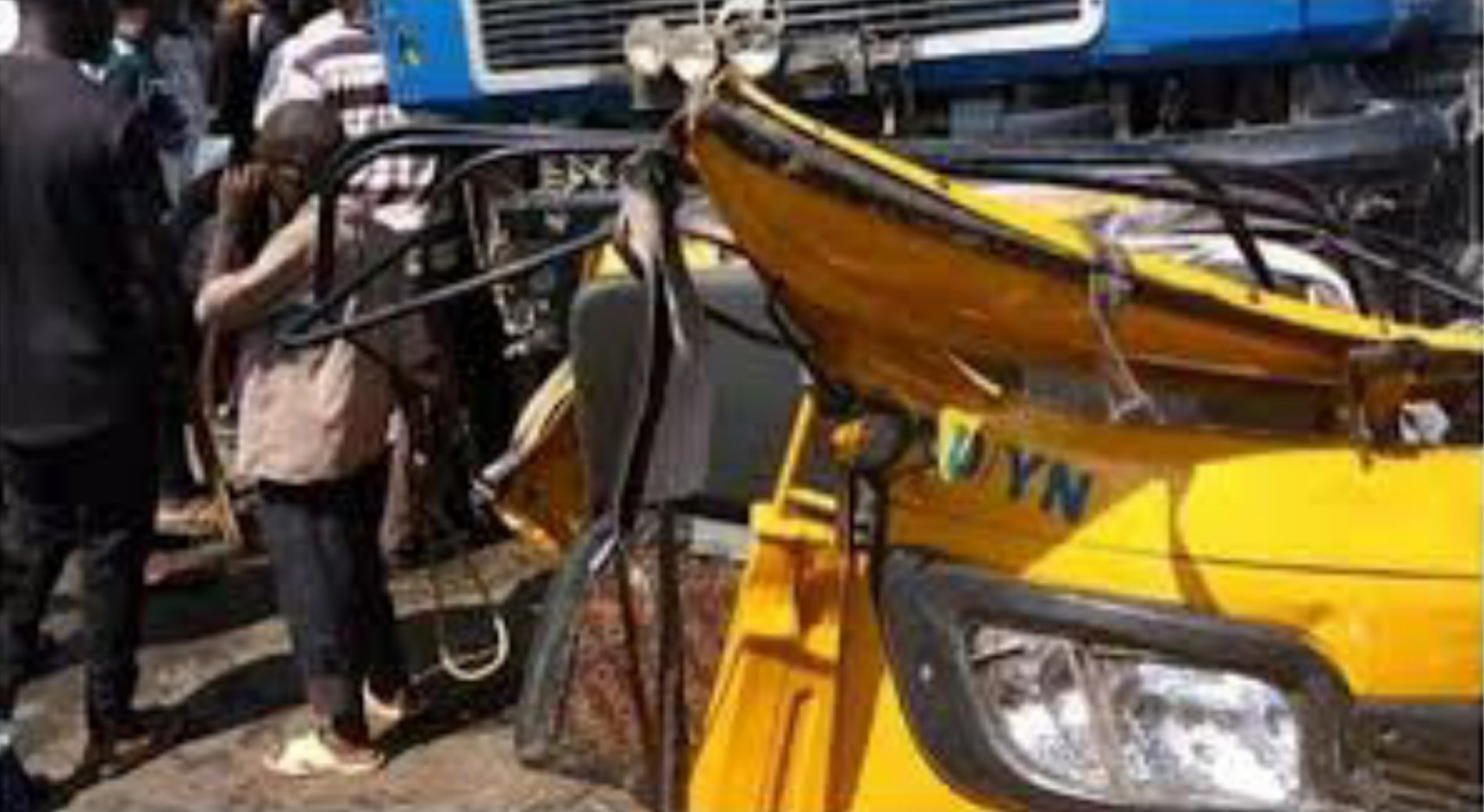 Five injured as truck collides with tricycle in Onitsha