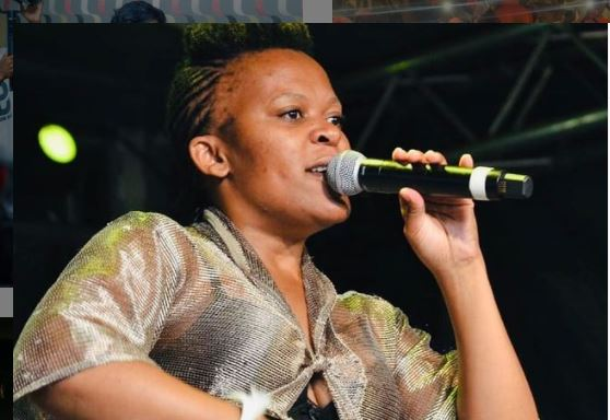"""Videos of Zodwa Wabantu """"wasting"""" expensive drinks at gigs attract criticism"""