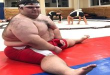 Russian sumo wrestler dubbed the 'world's strongest kid' dies at the age of 21 from 'acute kidney problems'