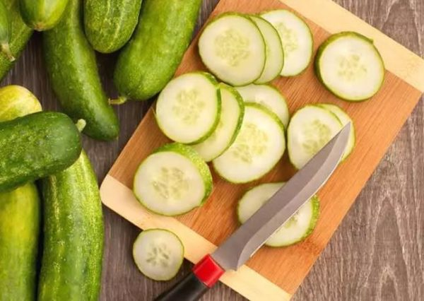 7 surprising side effect of eating too many Cucumbers