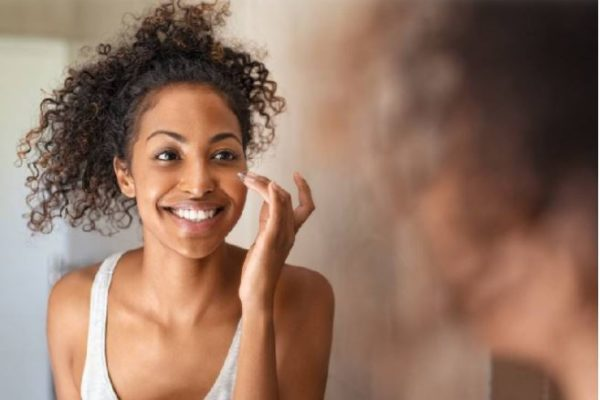 7 bad skincare habits you need to stop right now