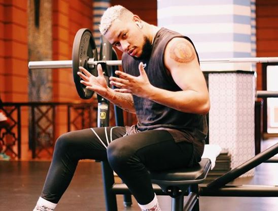 AKA gets real as he signs boxing match contract – Photo