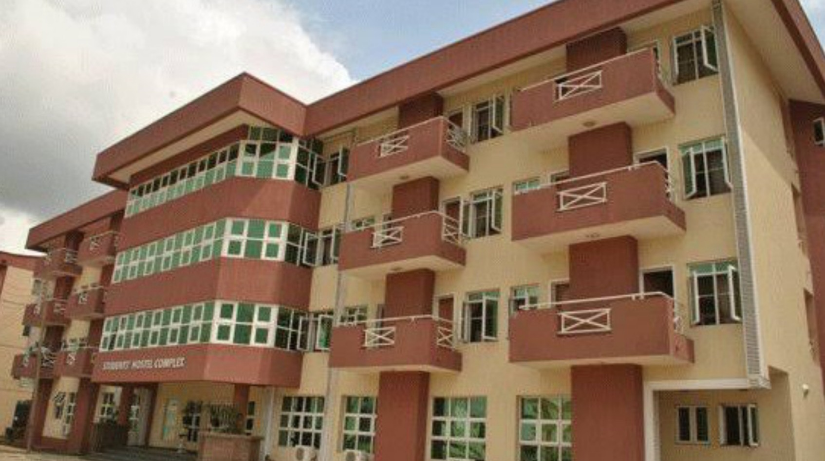 LASU College of Medicine asks all students to self-isolate after three test positive for COVID-19