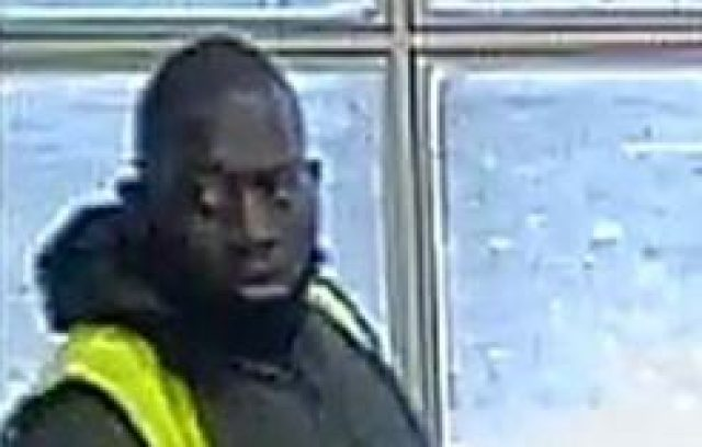 7-year-old girl snatched from her mother in broad daylight as police hunt for a male suspect (Photo)