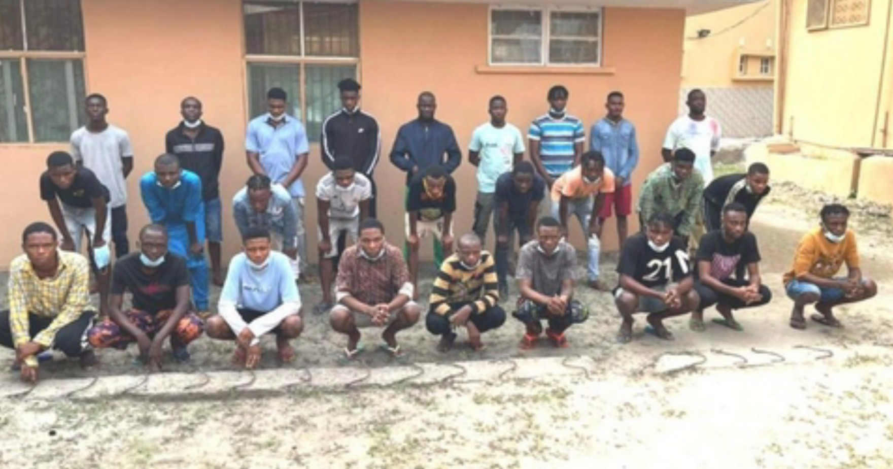 EFCC arrest 28 suspected internet fraudsters using pseudo names to defraud victims in Lagos