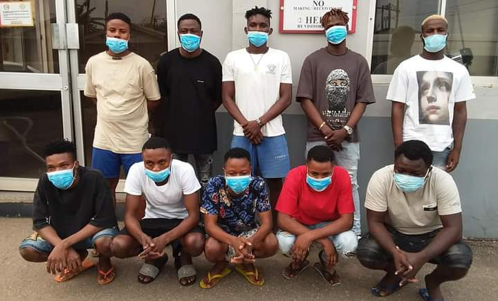 EFCC arrest ten suspected yahoo boys in Akure, recovers eight exotic cars, others (PHOTOS)