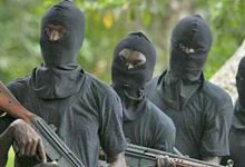 Gunmen kill soldiers, policemen and cart away arms in Anambra