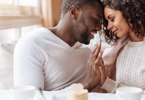 8 phrases that men say when they are really in love