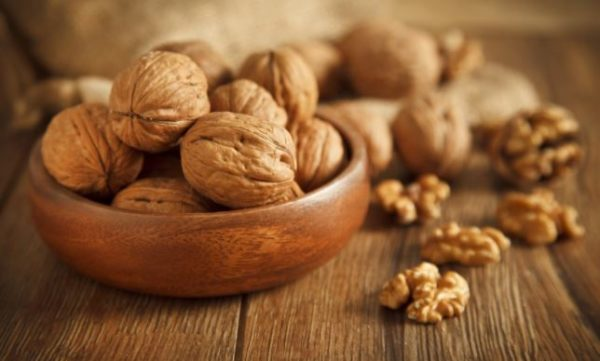 Here's how walnuts can help you manage diabetics