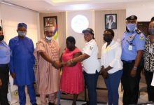 Lagos State Govt hands over amputee hawker to her kinsmen