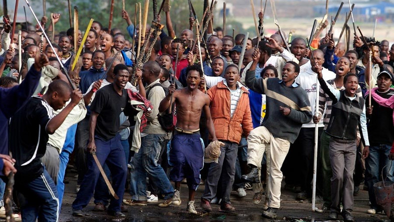 How Imo villagers rescued suspected kidnappers from angry mob