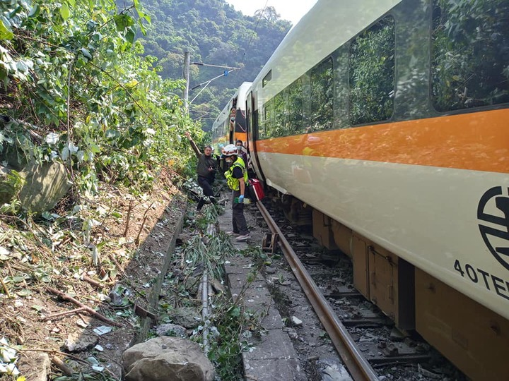 48 killed, many injured after train 'crashes into truck' in Taiwan