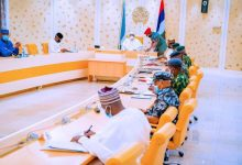 BREAKING: Buhari meets security chiefs over rising insecurity