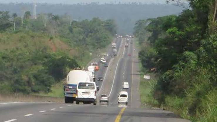 Road accident claims nine wedding guests in Edo