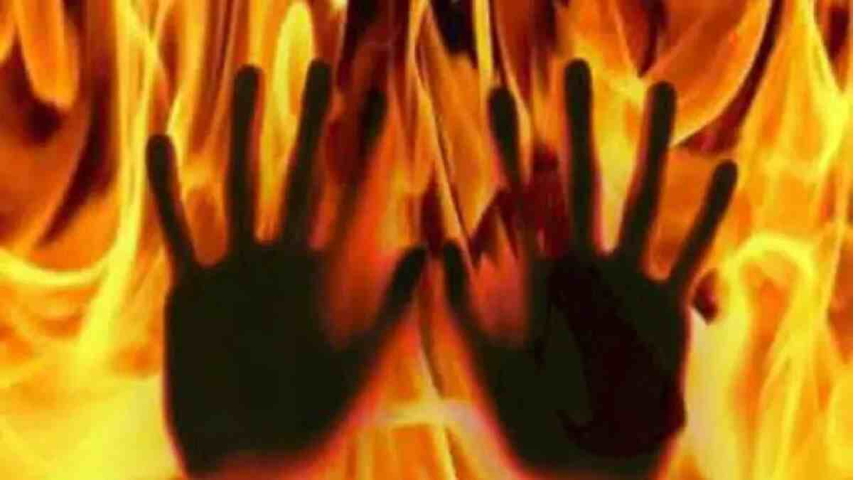 Angry mob seizes man from police custody, sets him ablaze for blasphemy in Bauchi