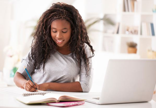 7 smart ways to identify a fake online course