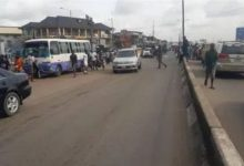 Unrest in Oshodi as NAF officers go on rampage over colleague's killing (VIDEO)