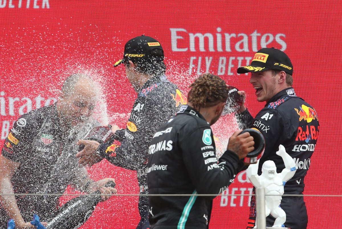 Lewis Hamilton has a Grim Prediction for Mercedes F1 Ahead of 'Power Hungry' Styrian GP