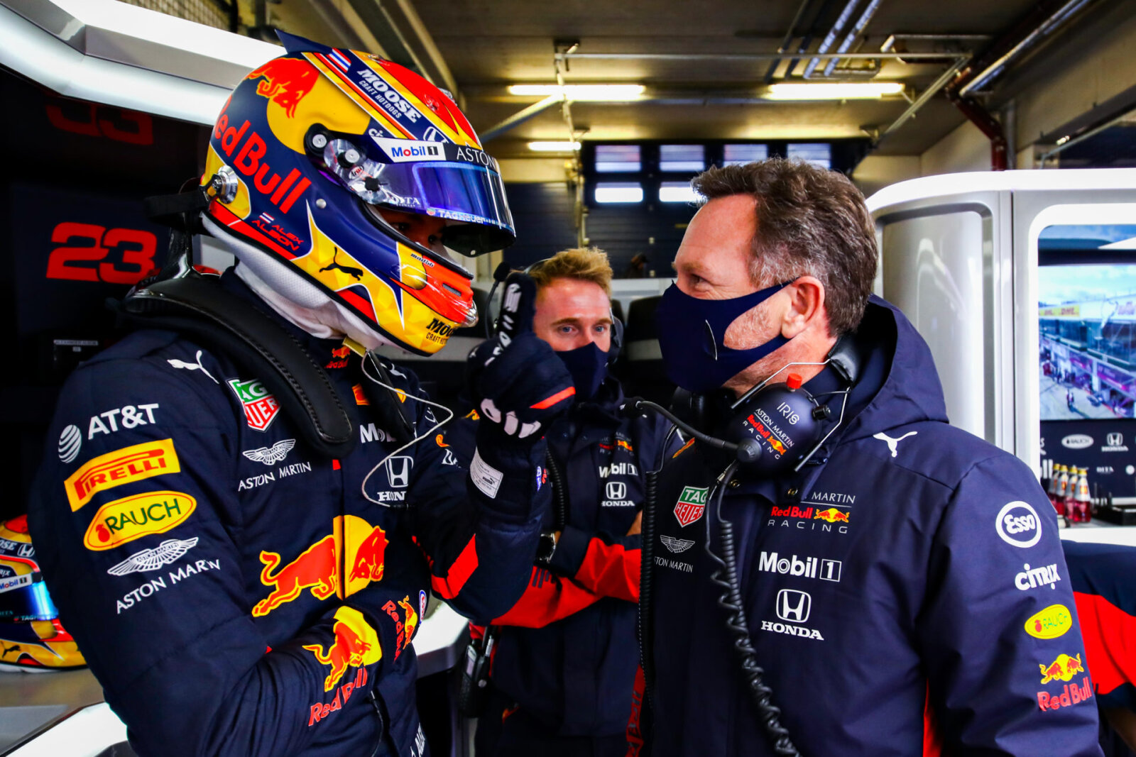 Albon Discloses the 'Little Tweaks' Red Bull Made to Challenge Mercedes F1