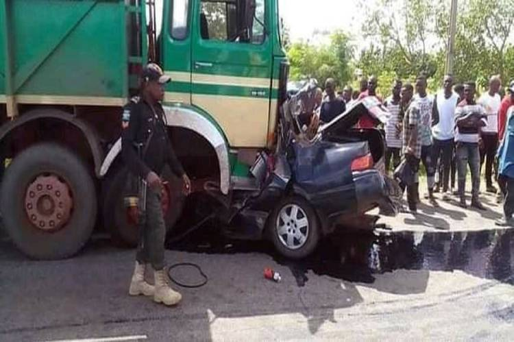 11 dead, many injured as Lagos-bound truck crash in Niger