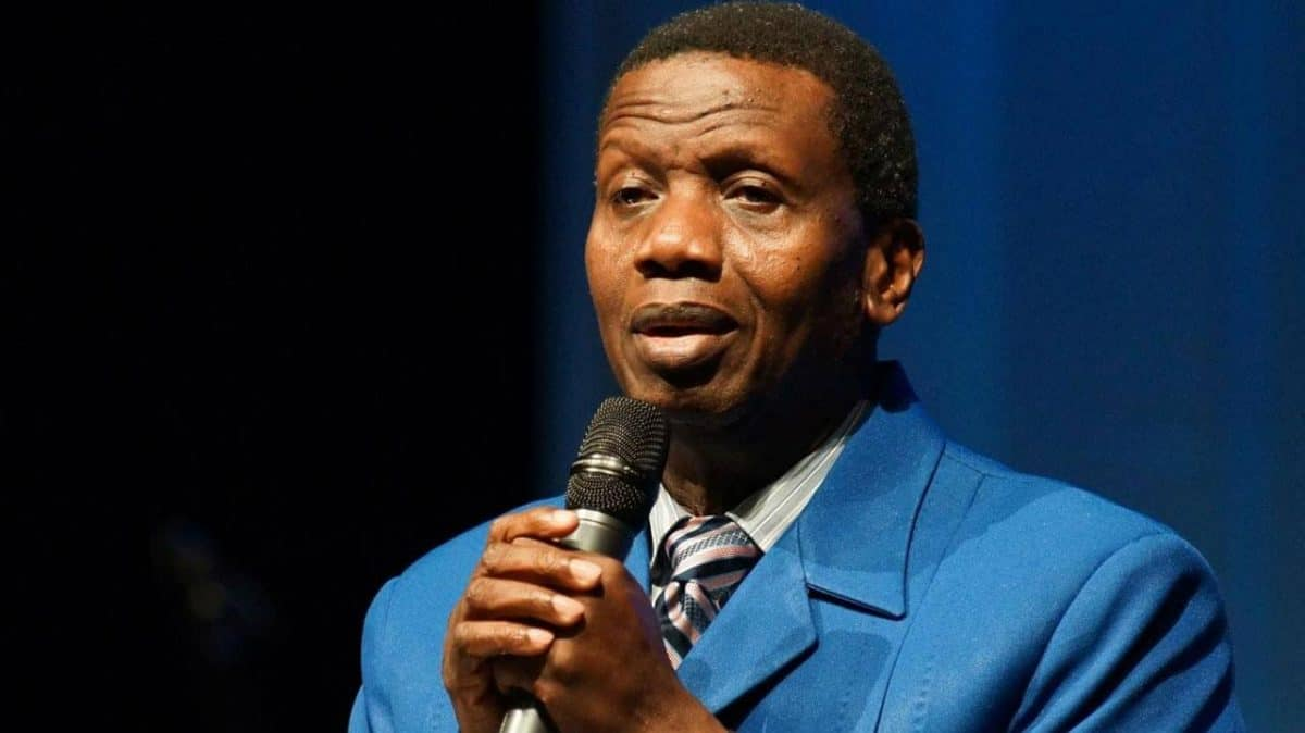 Pastor Adeboye disobeys FG's order, reacts to Twitter's suspension