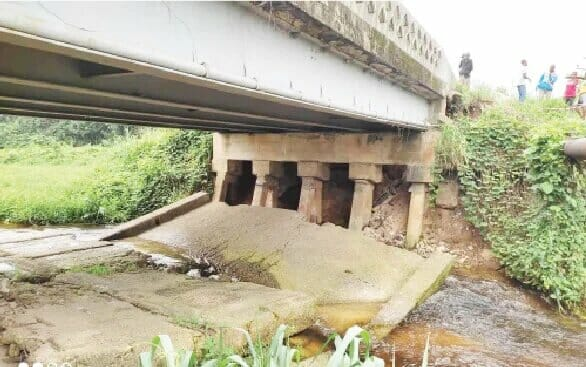 New bridge collapses in Rivers, residents criticise contractor